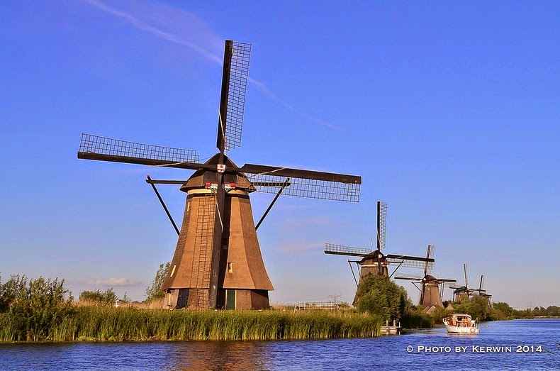 windmills-of-kinderdijk-1