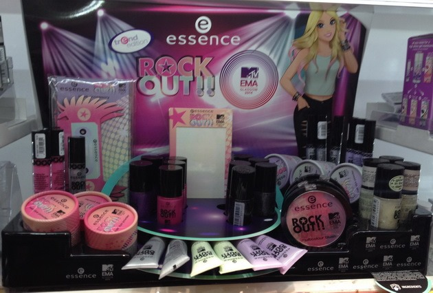 Essence Rock Out!! display