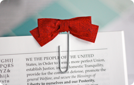red-bow-paperclip