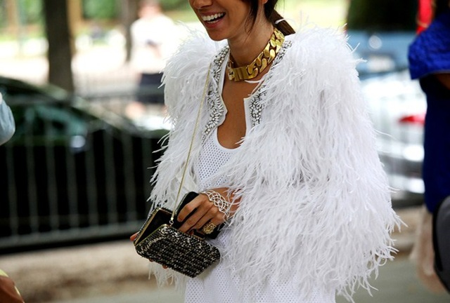 la-modella-mafia-Natasha-Goldenberg-fashion-editor-street-style-in-a-white-fur-Celine-chain-necklace-and-hand-piece-1