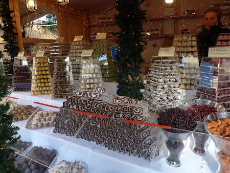 Piata Craciun Budapesta dulciuri unguresti