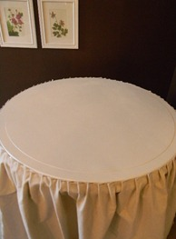 skirted table 008