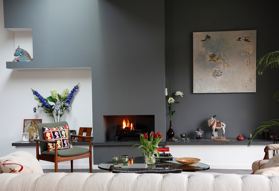 [House-tour-gray-accent-wall-simple-fireplace%255B8%255D.jpg]