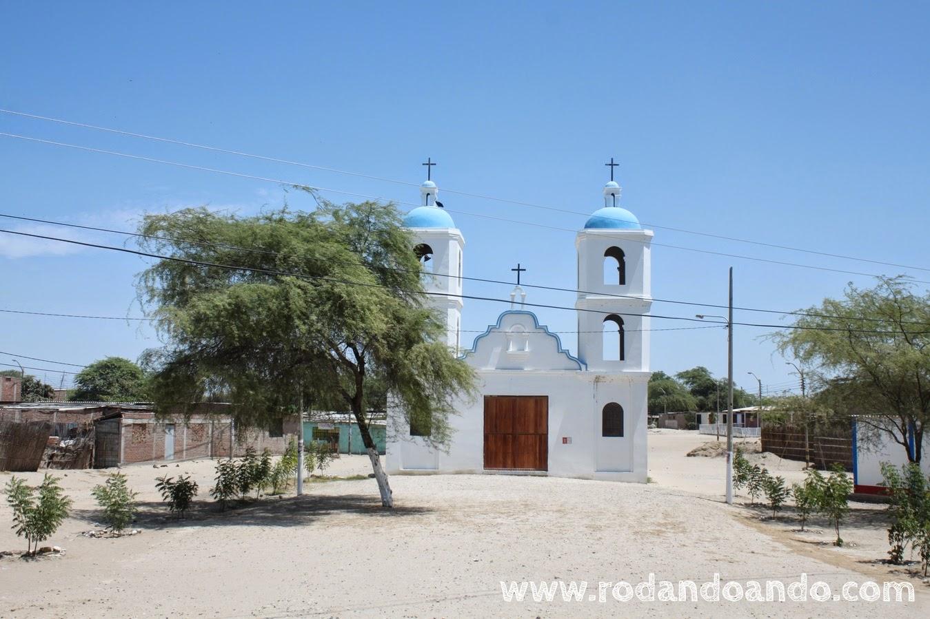 Una pintoresca Iglesia en el camino