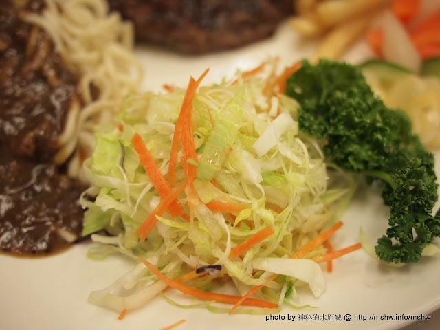 """美味濃湯與十六盎司的和牛體驗... 台中西區""""武之牛炭燒牛排"""" 中式 區域 台中市 台式 排餐 西區 豬腳 鐵板料理 飲食/食記/吃吃喝喝"""