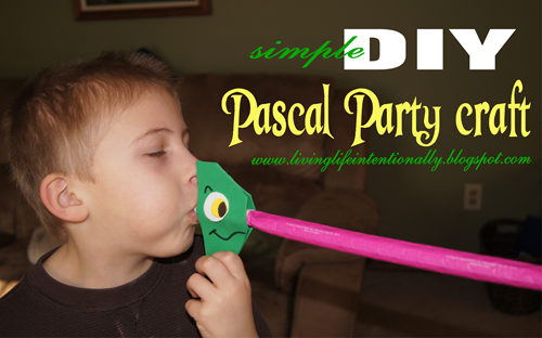 simple DIY Pascal Party Craft