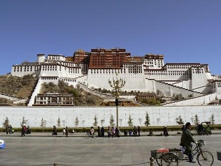 11. Palatul Potala - Lhasa.JPG