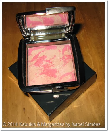 Ambient Lighting Blush #Luminous Flush da Hourglass