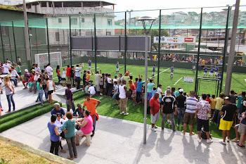 Chico Brito entrega mais uma praça revitalizada no Jd. Santa Emília - Prefeitura de Embu