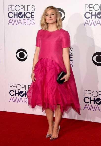 Kristen Bell attends The 41st Annual Peoples Choice Awards