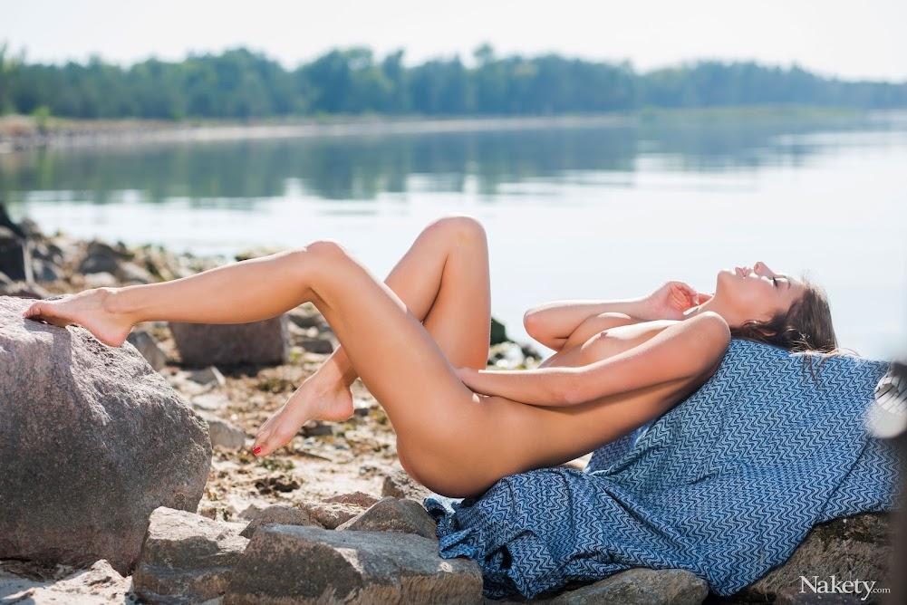 [Nakety] Monika Dee - Siren - Girlsdelta