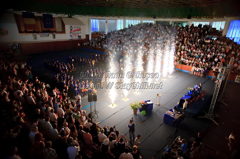 Colegiul National Unirea incheie anul scolar 2011 in Sala Sporturilor din Tirgu Mures, pe data de 26 mai 2011.