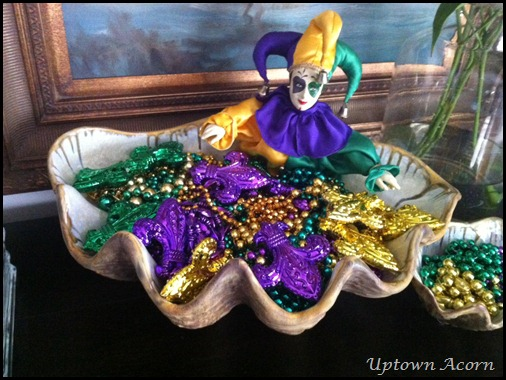The Uptown Acorn Mardi Gras In Oyster Shells 2013