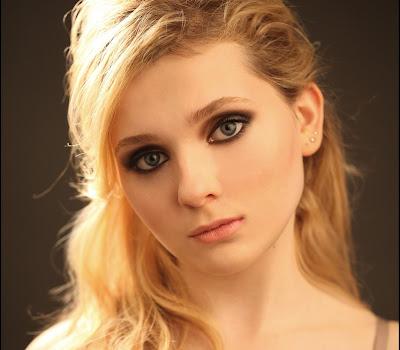 Abigail breslin sexy photos shoot