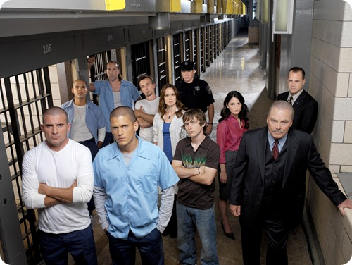 PRISON BREAK: Michael Scofield (Wentworth Miller, second from L) is a desperate man with a plan to save his brother's life, Lincoln Burrows (Dominic Purcell, L) who is on death row in PRISON BREAK in a special two-hour premier Monday, Aug. 29 (8:00-10:00 PM ET/PT) and will air in its regular time period begining Monday, Sept. 5 (9:00-10:00 PM ET/PT) on FOX. Front row, L-R: Dominic Purcell, Wentworth Miller, Marshall Allman, Robin Tunney, Stacy Keach.  Back row, L-R: Amaury Nolasco, Peter Stormare, Robert Knepper, Sarah Wayne Callies, Wade Williams, Paul Adelstein.