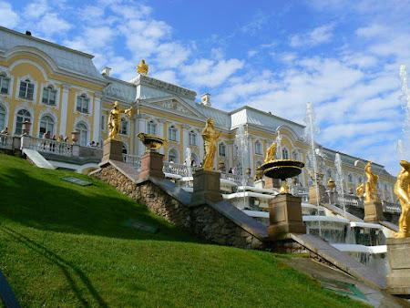 7. palat Peterhof.JPG
