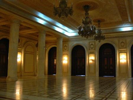 09. Palatul Parlamentului.JPG