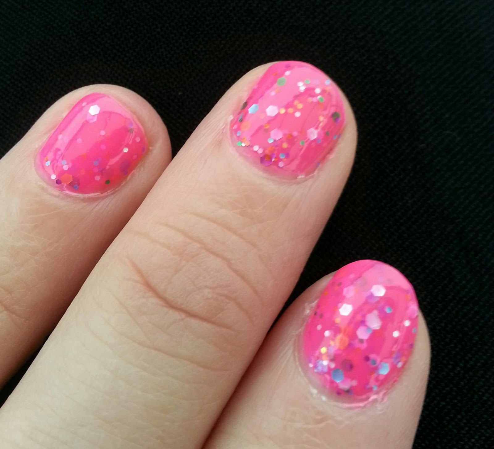 Kitty Luvs Color!: Mardi Gras glitter nail deco, Hot Pink Candy Shop