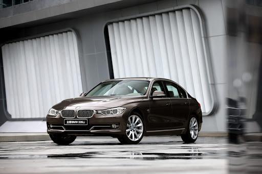 2013-BMW-3-Series-03.jpg