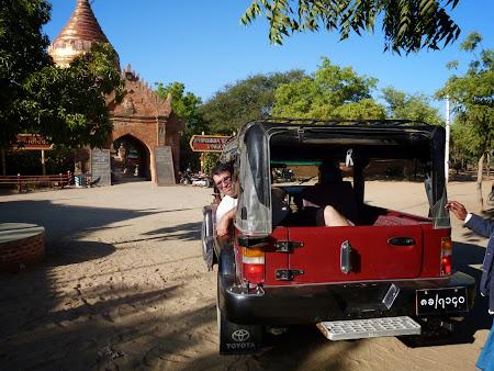 Jeep de Myanmar
