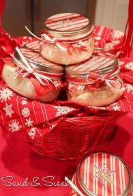 cranberry-citrus cream cheese hostess gift