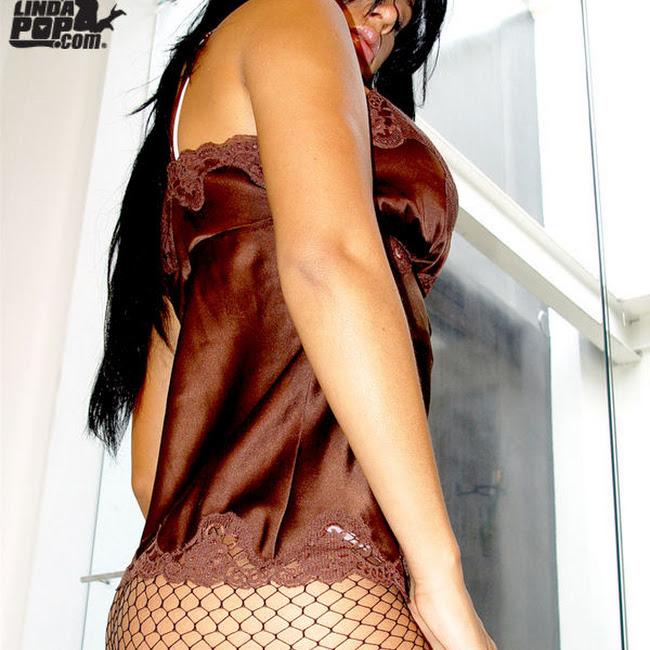 Andrea Rincon Striptease Prendas Foto 21