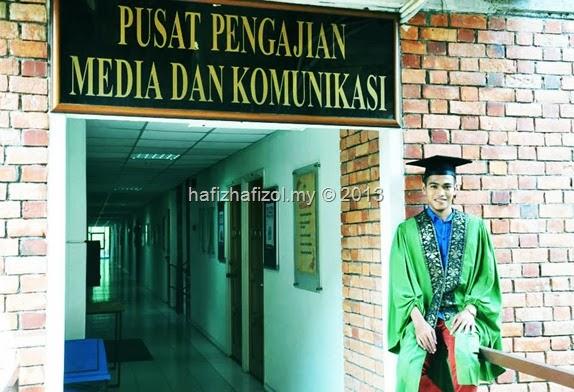 Photoshoot Bersama Jubah Konvokesyen :D