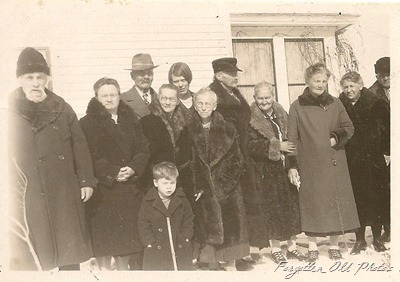 Group in the snow Buggy Wheel antiques