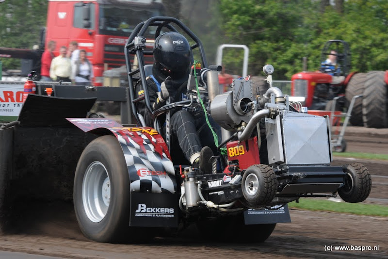 Tractor Pulling classifieds 18