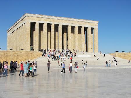 30. mausoleu Ataturk Ankara.JPG