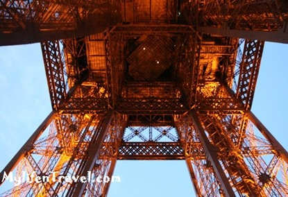 Paris Eiffel Tower 4