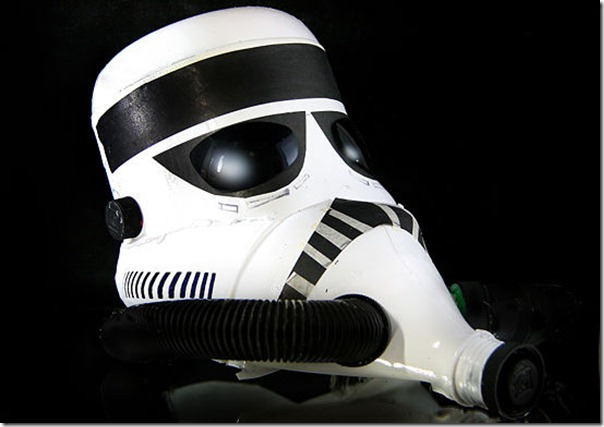 550px-Make-a-Storm-Trooper-Helmet-from-a-Milk-Jug-Step-18
