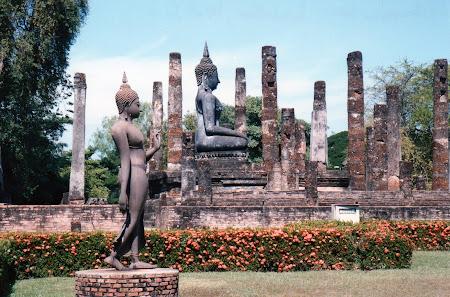 143. statui budiste.jpg