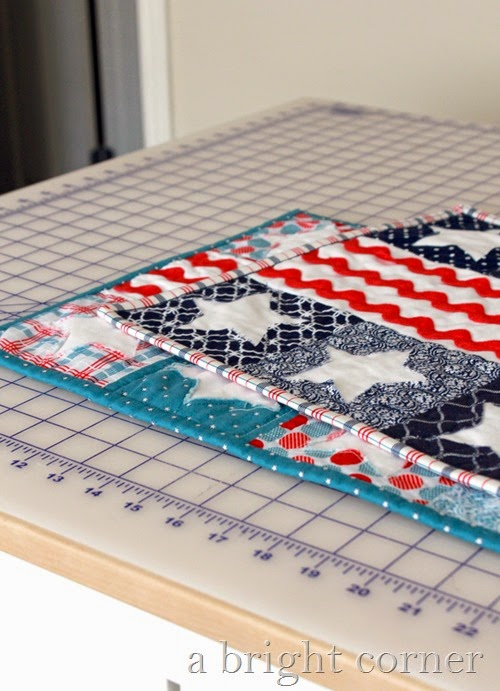 Patriotic Table Runners from A Bright Corner