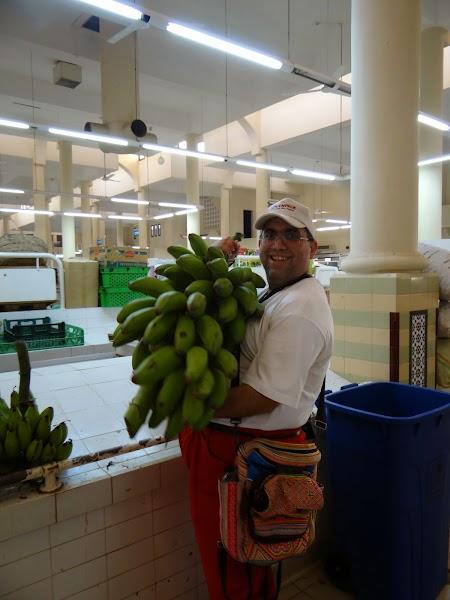 Piata din Nizwa: Banane de gatit