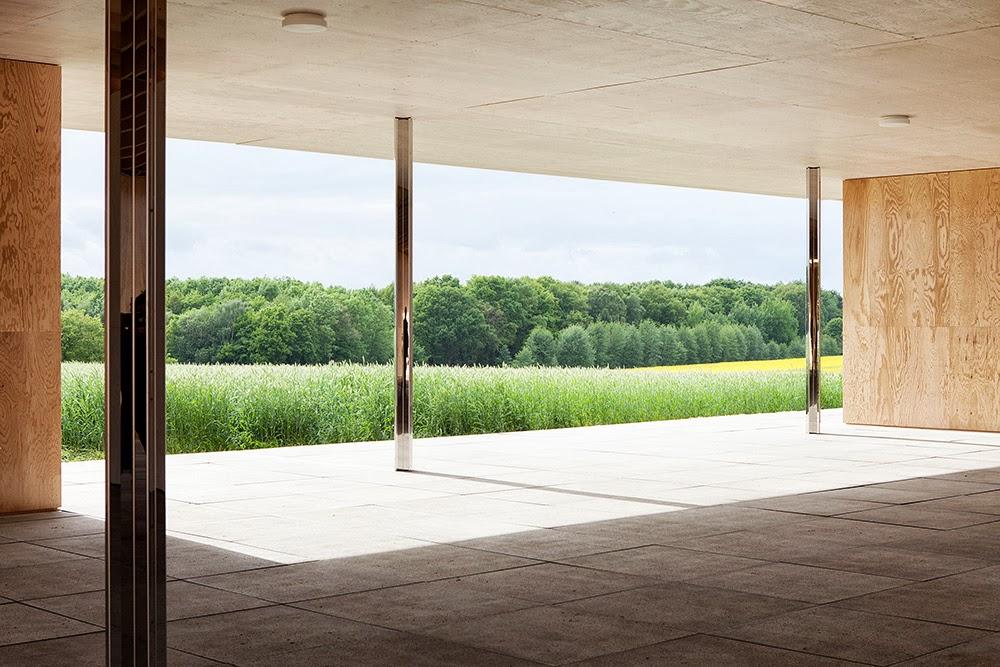 ambientes i golf club house mies van der rohe. Black Bedroom Furniture Sets. Home Design Ideas
