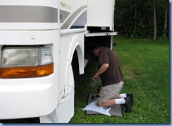6896 Sleepy Cedars Campground Greely Ottawa - rain ends & Bill starts to get motorhome ready for trip home
