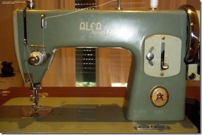 Alfa Royale, como enhebrar esta máquina de coser - Cachivaches