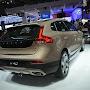 2013-Volvo-V40-Cross-Country-4.jpg