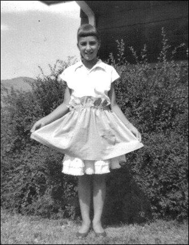 Leslie's apron - my first sewing 4-H project July 1963 - 10 yrs old [640x480]