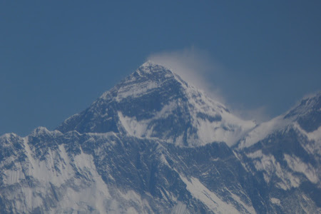 229. varful Everest, cel mai mare de pe Planeta.JPG