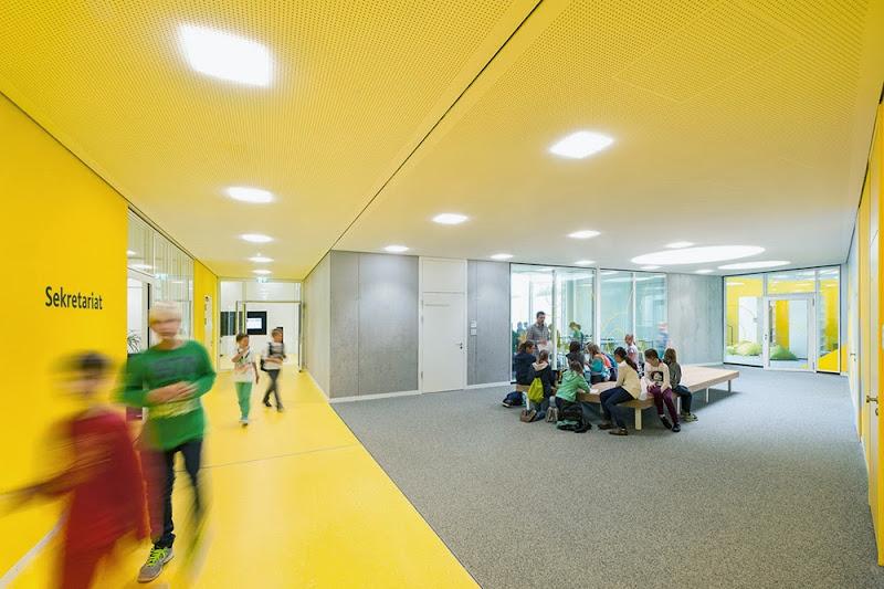 05-ergolding-secondary-school-behnisch-architekten-architekturburo-leinhaupl-neuber.jpg