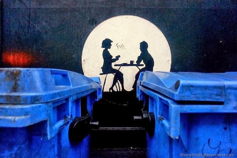 Dinner in the Alley - Dublin Street Art