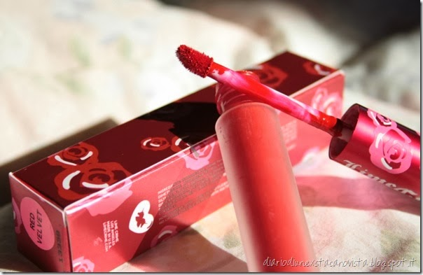 lime crime velvetines red velvet applicatore