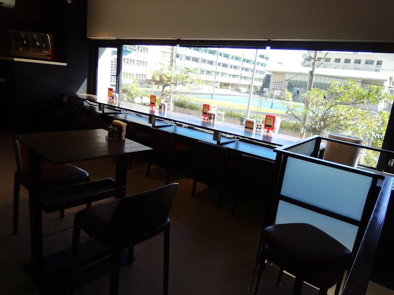 瓦法奇朵 Waffogato 二樓窗外景象.jpg