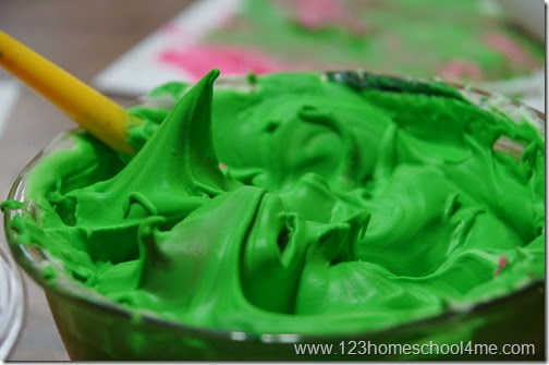 make 2 ingredient puffy paint for preschool art