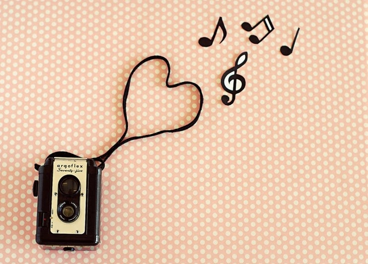 retro-vintage-photographyretro-pink-music-vintage-photography-art-wallpaper-wallchips-ftwpdq-627519714