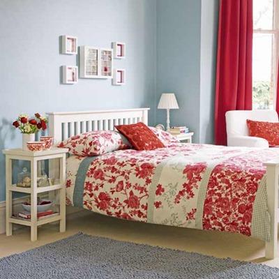 Folk bedroom