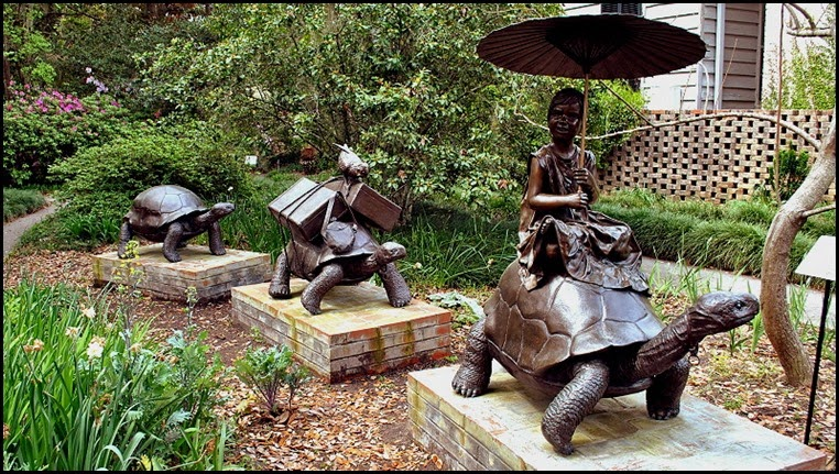 06a - Sculptures - Turtle Travel