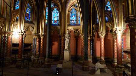 Biserici Paris: St. Chapelle interior